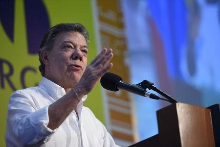 Colombia's President Juan Manuel Santos speaks to the public during an event in Cartagena, Colombia