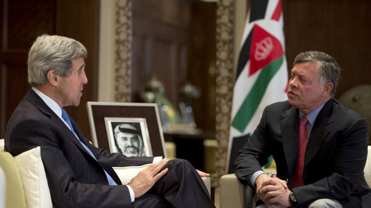 U.S. Secretary of State John Kerry, left, meets with Jordan's King Abdullah II at Al Hummar Palace in Amman, Jordan on Thursday, June 27, 2013. (AP Photo/Jacquelyn Martin, Pool)