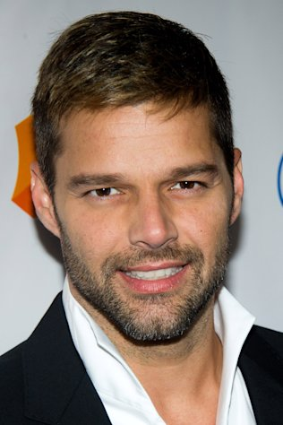 "FILE - In this March 19, 2011 file photo, Ricky Martin arrives to the 22nd Annual GLAAD Media Awards in New York. Martin will star as Che in ""Evita,"" one of the anticipated productions coming this season. (AP Photo/Charles Sykes, file)"