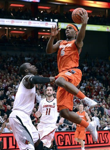 No. 6 Syracuse upsets No. 1 Louisville 70-68