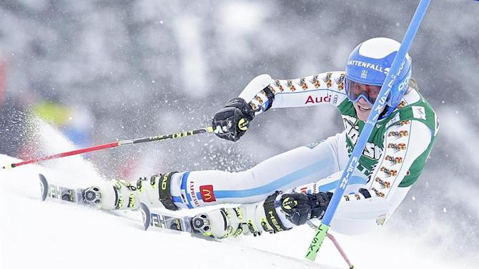 APA21791130. Kuehtai (Austria), 28/12/2014.- Sara Hector of Sweden in action during the first run of the women's Giant Slalom race of the FIS Alpine Ski World Cup season in Kuehtai, Austria, 28 December 2014. (Suecia) EFE/EPA/GEORG HOCHMUTH