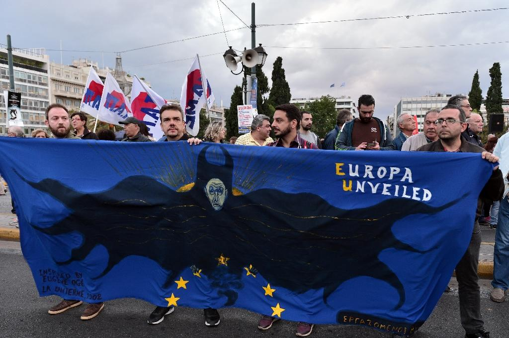Eurozone approves 2.8 bn euros in bailout funds for Greece