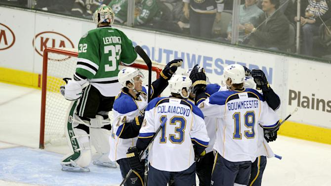 Shattenkirk lifts Blues over Stars 3-2 in OT