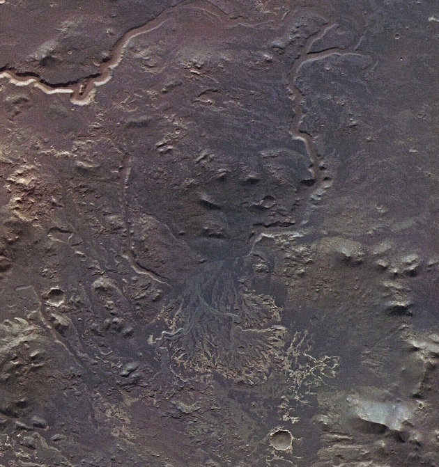 The surface of Mars, the 'Red Planet' RTR2QO5C-jpg_154536