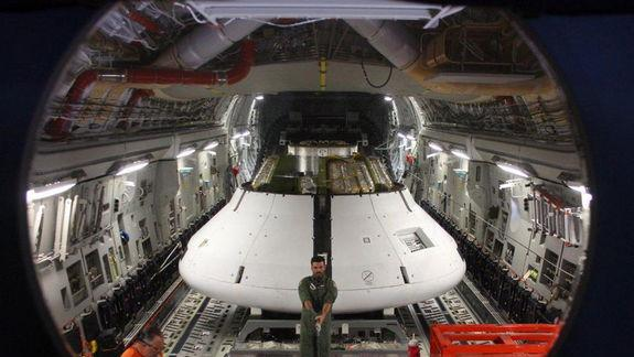 NASA Tests Orion Spaceship's Parachutes with Mock Glitch