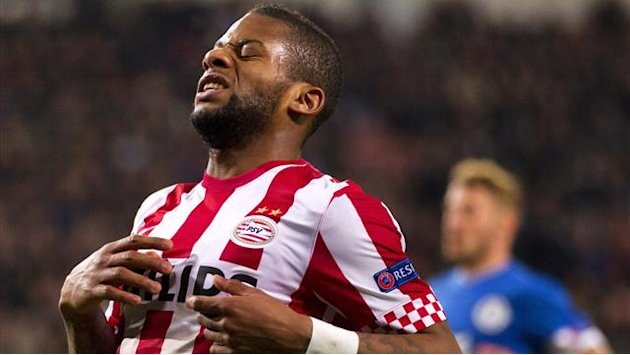 European Football - Lens joins Dynamo Kiev from PSV