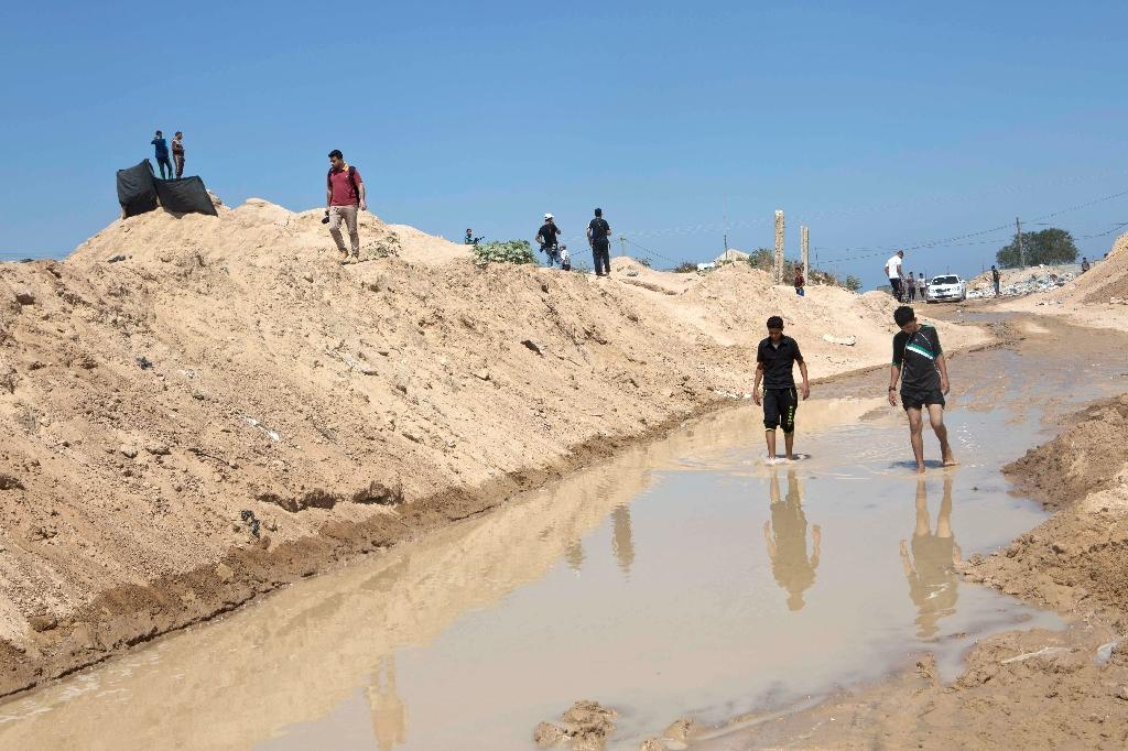 Egypt flooded Gaza tunnels at Israel's request: minister