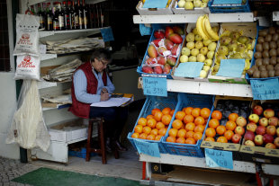 Fruit stand: Photo credit AP