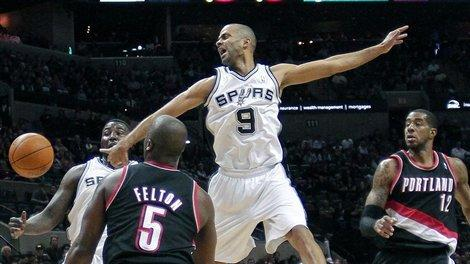 Spurs beat Blazers 99-83, stay unbeaten at home