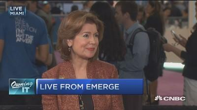 SBA boss: Business owners don't need the big banks