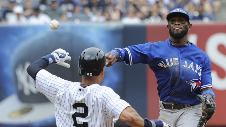 Toronto ends 17-game Bronx skid, beats Yanks 6-4