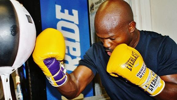 Bradley says he is ready to get his W over Pacquiao