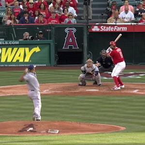Middlebrooks snags the liner