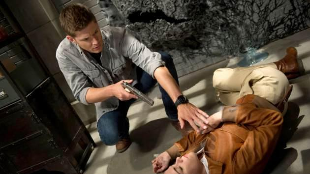 Jensen Ackles as Dean and Tiio Horn as Dorothy in the 'Slumber Party' episode of 'Supernatural' -- The CW