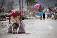 Pinoys in US wait for news beyond Tacloban