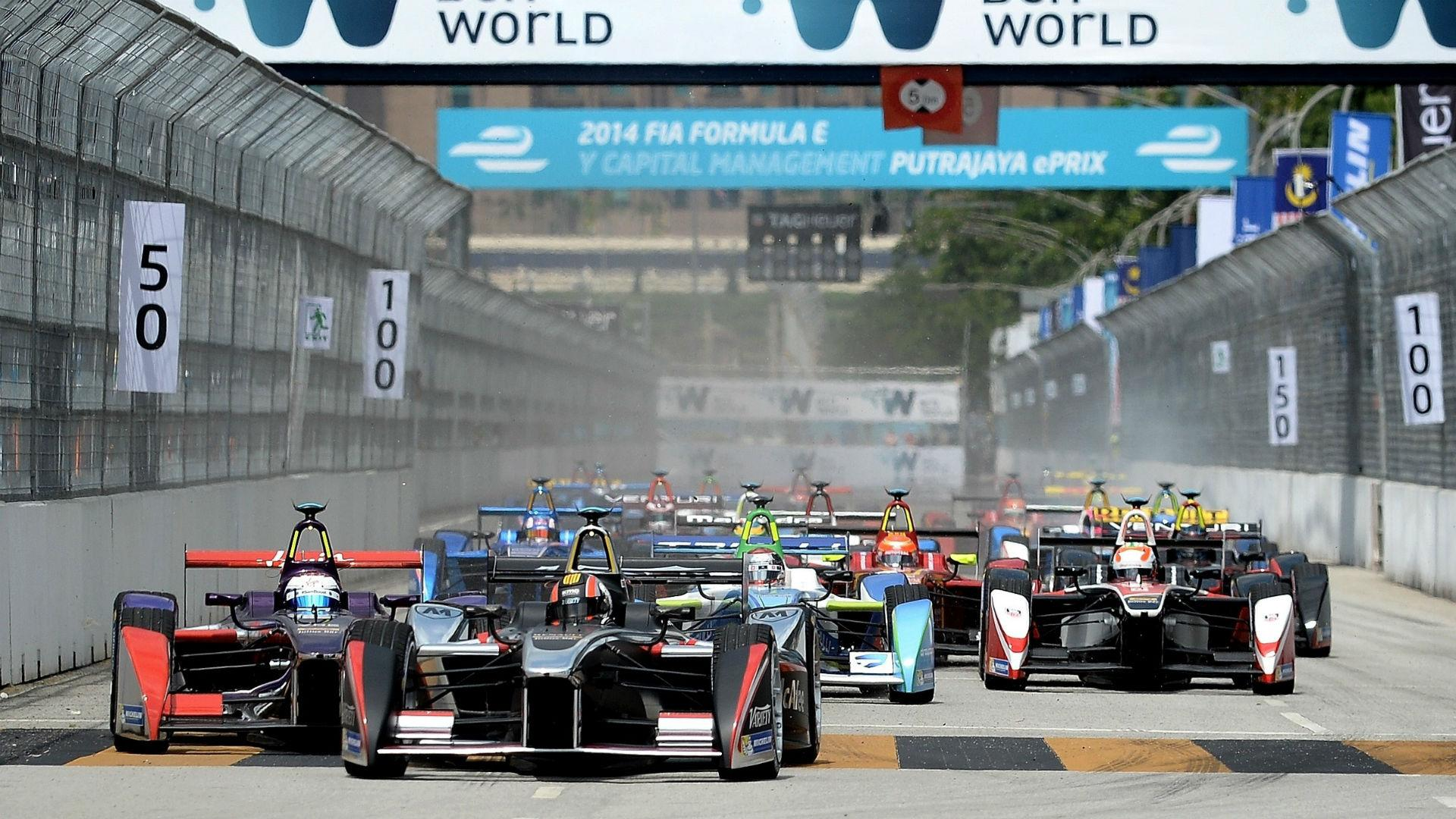 Formula E to launch world championship for driverless electric cars