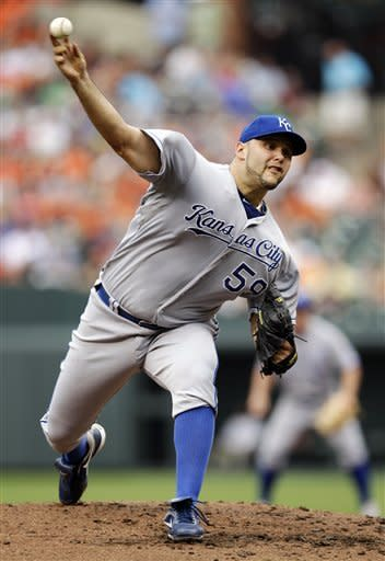 Hosmer carries Royals to 4-3 win over Orioles