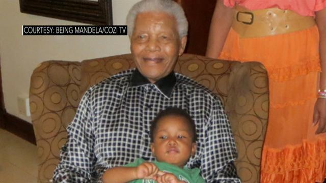 Nelson Mandela photo released