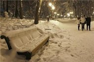 Scores die in Ukraine cold spell
