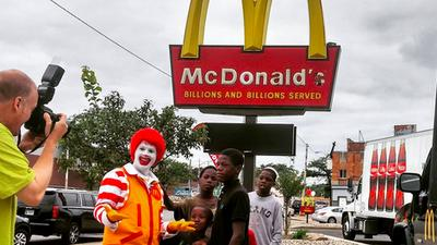 Michigan Restaurants Face Staffing Challenges; Watch Ronald McDonald Nae-Nae