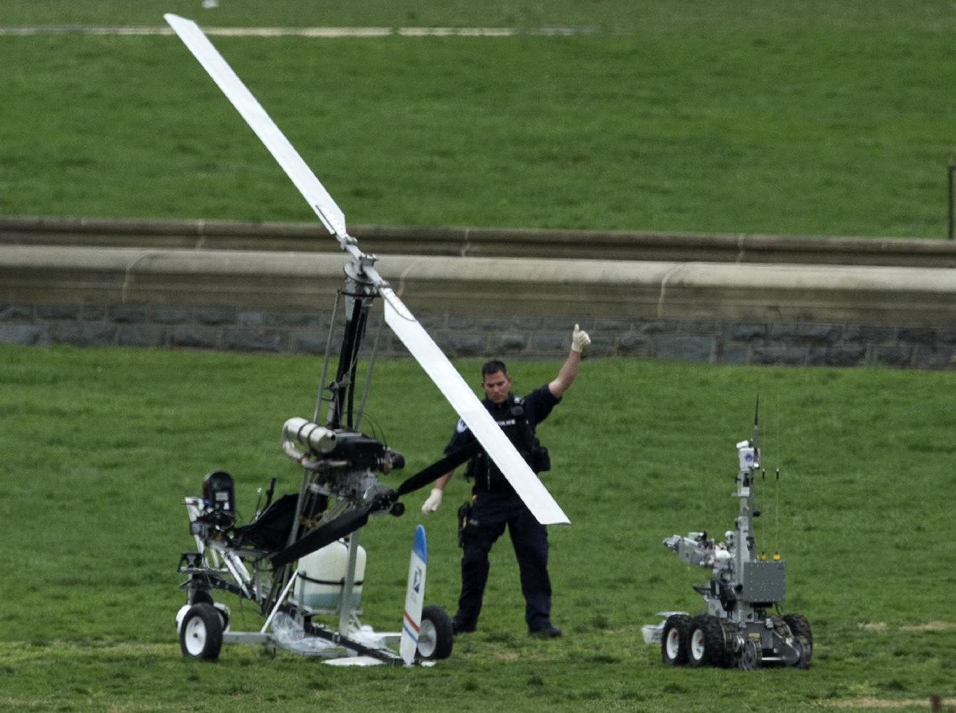 Homeland chief: Gyrocopter came in 'under the radar'