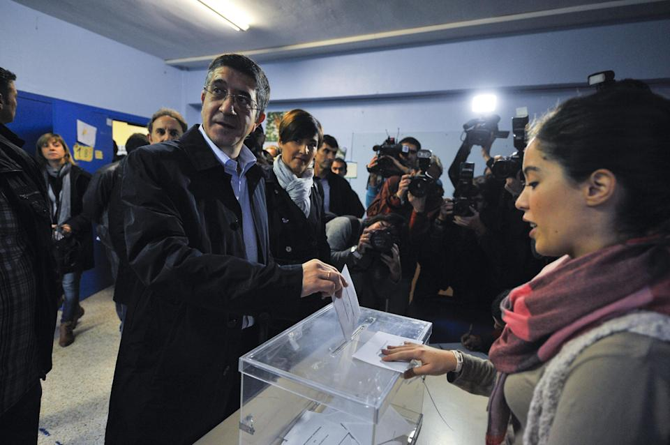 "Basque Regional President or ""Lehendakari"", Patxi Lopez votes, in Bilbao, northern Spain, Sunday Oct. 21, 2012. Almost 4.5 million people will go to the polls Sunday in regional elections in Spain's turbulent Basque region and in northwestern Galicia. (AP Photo/Alvaro Barrientos)"
