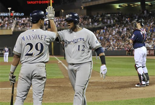 Maldonado's homer sends Brewers past Twins 5-3