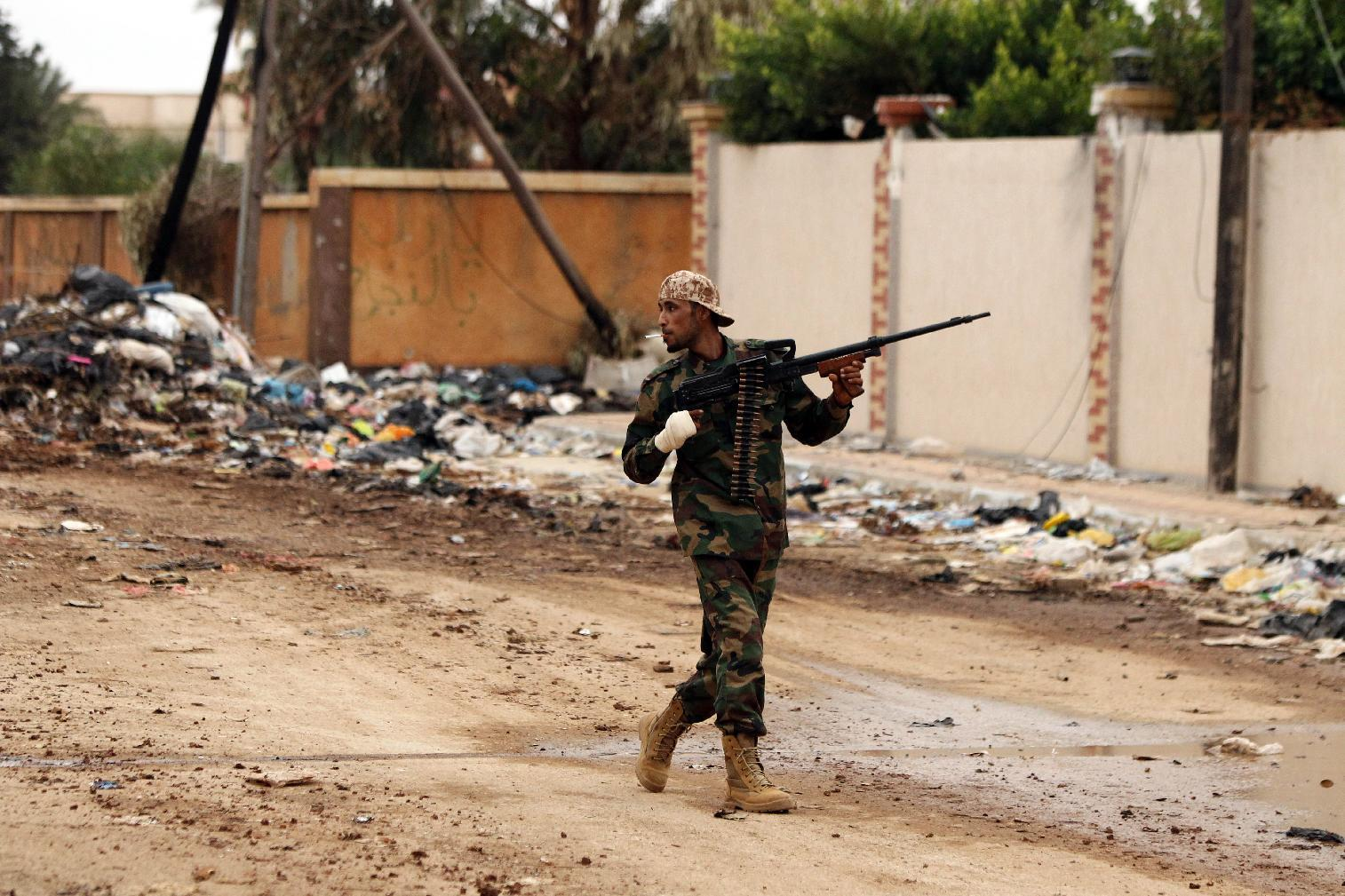 Clashes in Libya's Benghazi kill 16 pro-government forces