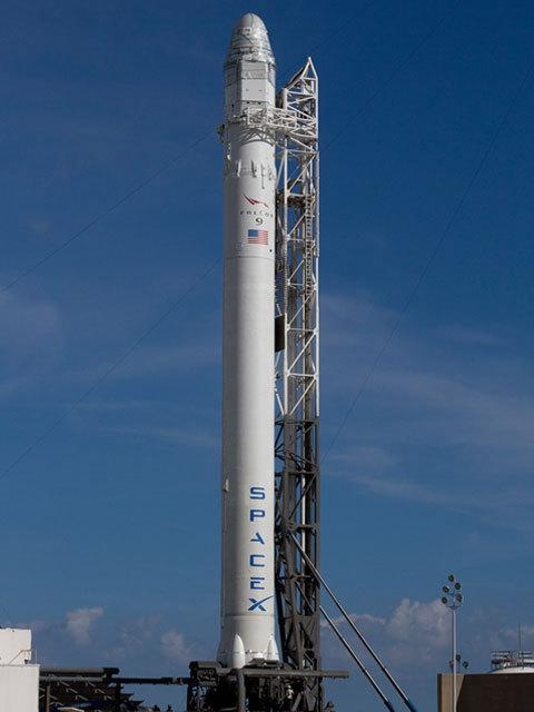 SpaceX to Launch 1st Private Capsule to Space Station This Week