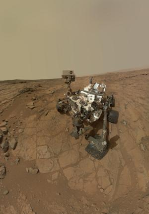 NASA's Mars Rover Curiosity in Safe Mode After Computer Glitch