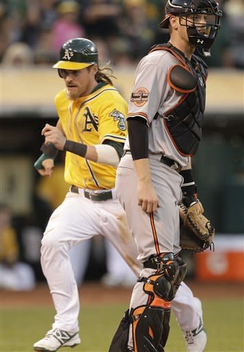 Drew homers to help A's beat O's 5-2