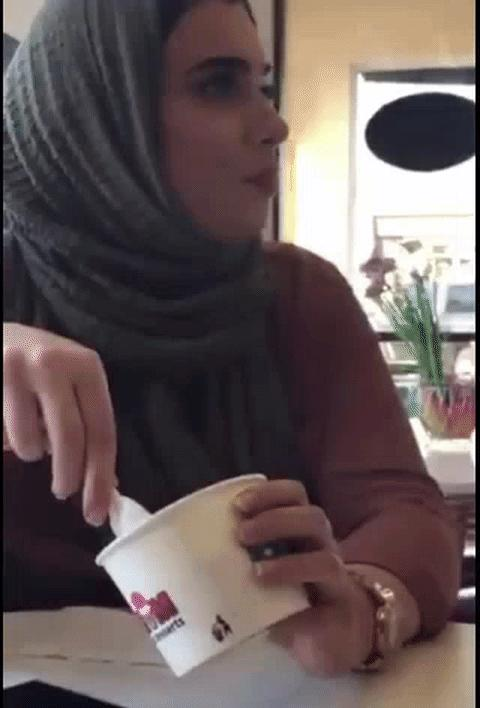 Muslim Women Gracefully Clapped Back at a Racist Troll Harassing Them at an Ice Cream Shop