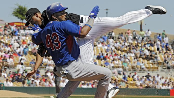 Valbuena, Rusin lead Cubs over White Sox 7-0