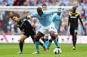 Yaya Toure praises 'fantastic' Manchester City defense to hold off Chelsea comeback