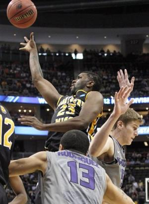 McGruder leads Kansas State by Southern Miss 70-64