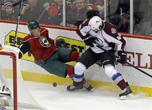 Heatley scores twice for Wild in 4-2 win vs. Avs