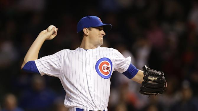 Castillo's hit in 10th lifts Cubs over Cards 4-3