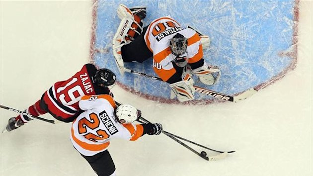 Devils beat Flyers in high-scoring thriller