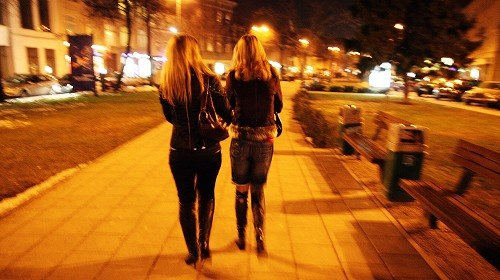 service prostituerade sex nära Stockholm