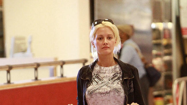 **EXCLUSIVE** Holly Madison shows she really is the