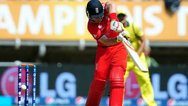 Ian Bell scored 91 before being bowled as England beat Australia by 48 runs