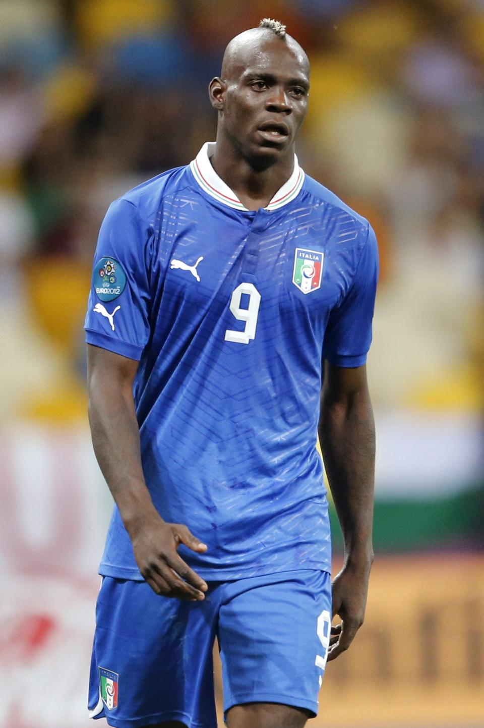 Italy's Mario Balotelli reacts during the Euro 2012 soccer championship quarterfinal match between England and Italy in Kiev, Ukraine, Monday, June 25, 2012. (AP Photo/Gregorio Borgia)