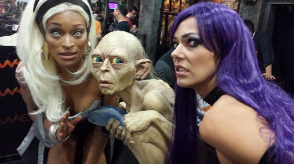 adrianne curry costume gollum