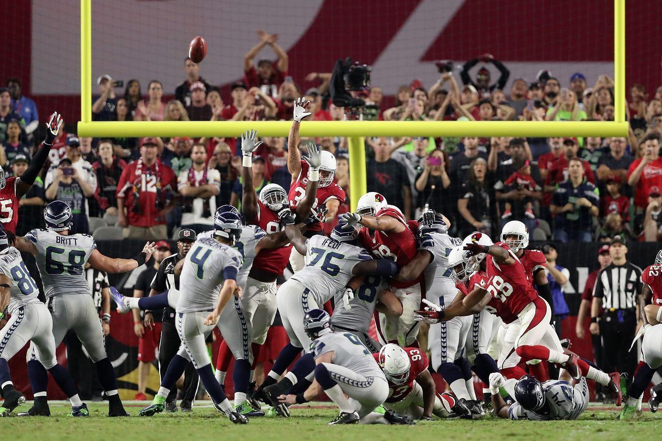 The last 5 minutes of Seahawks-Cardinals were so stupid, and so fun