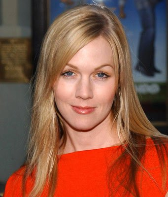 "Premiere: Jennie Garth at the Hollywood premiere of HBO's ""Six Feet Under"" - 6/2/2004"