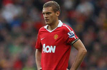 Vidic returns at perfect time as Manchester United prepare for another titanic title fight