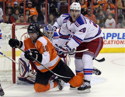 Nash scores twice as Rangers top Flyers again, 5-2