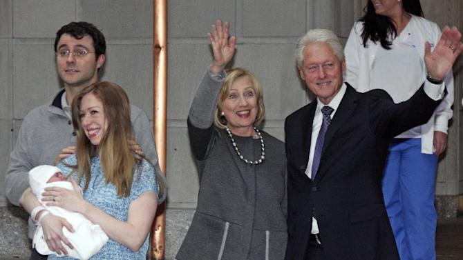 Family photo of the politician, married to Hillary Rodham Clinton, famous for President of the United States.