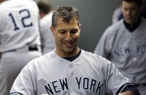 Pettitte earns 250th win, Yankees top Mariners 3-1