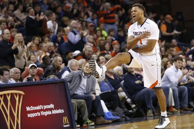 College basketball schedule and results: Virginia obliterated Harvard 76-27